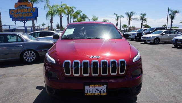 2014 Jeep Cherokee Sport FWD 9-Speed Automatic